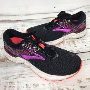 Women's Brooks Shoes